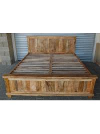 Posteľ Devi 180x200 z mangového dreva