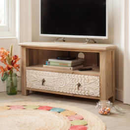 Rohový TV stolík Sita z indického masívu mango